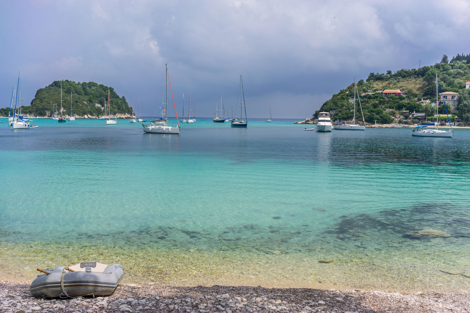 Kanoni-walking-path-with-Ionian-Cruises